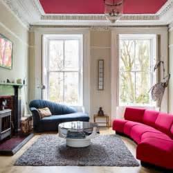 wohnideen fr altbau wohnzimmer altbau einrichten und sitzelement im lichtdurchfluteten altbau foto freistil rolf