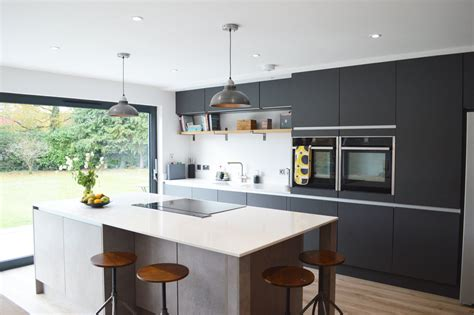 Kitchen : Modern Kitchen Installation In London