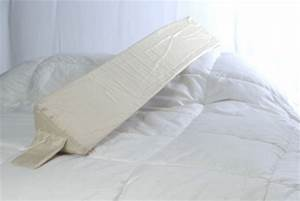 the bed wedge r twin pacificpillowscom With bed wedge to keep pillows from falling
