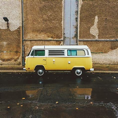 volkswagen hippie van front volkswagen just re released everyone s favourite hippy van