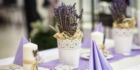 Tischdeko Mit Lavendel by Hochzeitsdeko Lavendel Sch 246 Ne Deko Ideen F 252 R Tisch Co