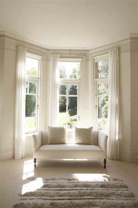 Drapes For Bay Window - 25 best ideas about bay window curtains on