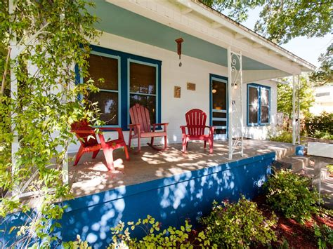 Casual, Cool And Welcoming Barton Bungalow In Austin