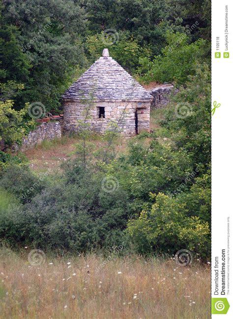 Kazun  Kleines Steinhaus Stockfoto Bild Von Wand, Steine