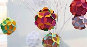 decorations de noel des boules fleurs en papier prima With maquette d une maison 12 origami facile une fleur 3d prima