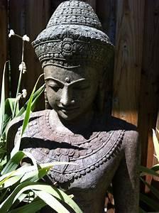 Buddha Statue Im Garten : buddha statuen mehr als nur dekoration ~ Bigdaddyawards.com Haus und Dekorationen