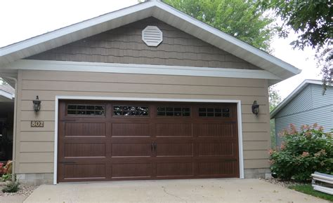haas garage doors haas door haas door model 664 ribbed carriage house