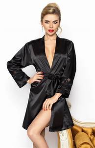 Short black satin robe betty dk bet n idresstocode for Robe en satin noir
