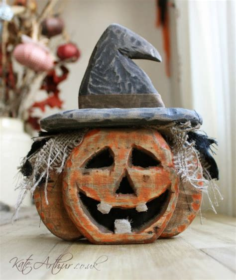 ready  halloween   unique diy pallets items