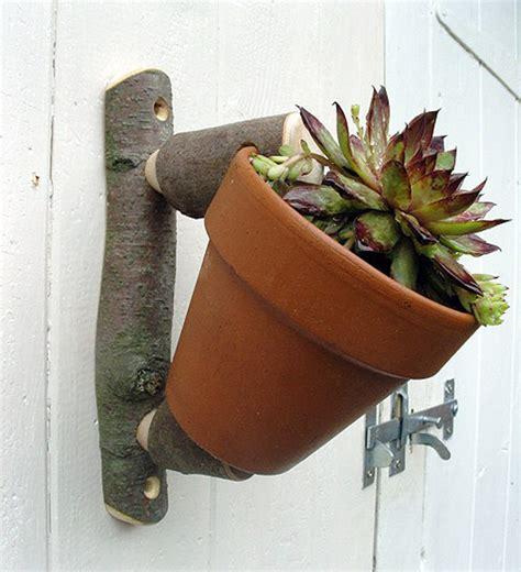 sustainable garden pot hangers  hooks    wood