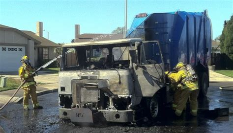 Garbage Truck Catches Fire In Santa Maria Local News