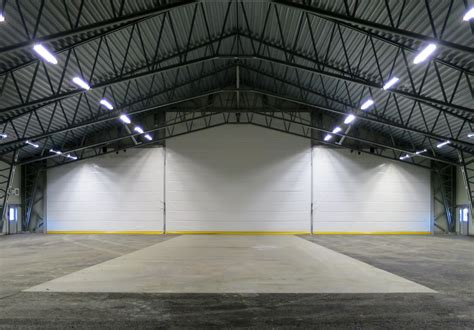 Garage Hangar by Portes De Hangar D Aviation 187 Portes De Hangar Et Portes