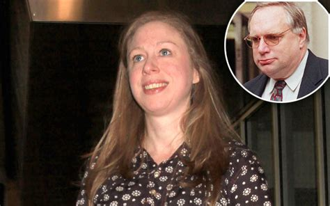 Makeup-free Chelsea Clinton Looks Like 'real' Dad