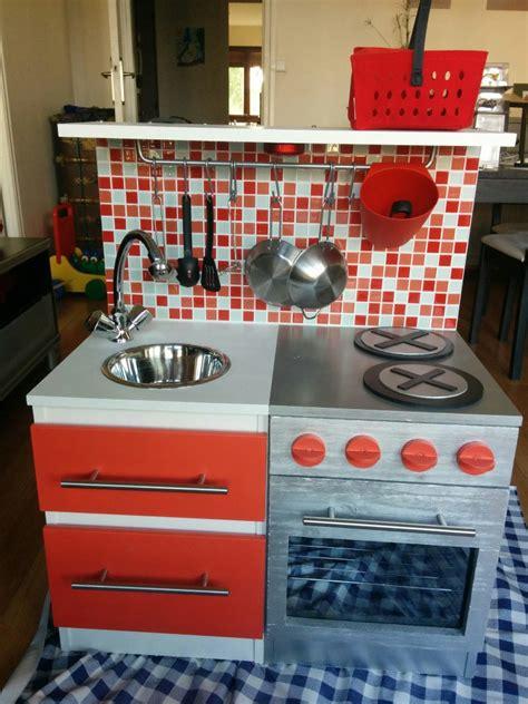 construire sa cuisine diy construire une cuisine pour enfant sur une base ikéa