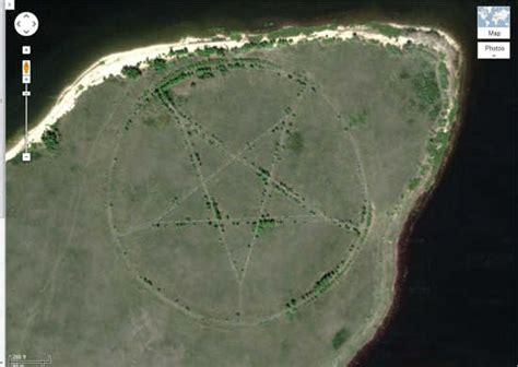lieux etranges visibles sur google earth