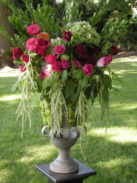 outside flower arrangements pin by kathy craighead on weddings pinterest