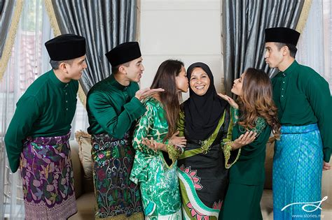 Hari Raya with the Naza Family ? Wedding, portrait photography & cinematic films: Stories.my