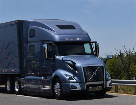 New Volvo Vnl Focuses On Driver, Safety, Efficiency