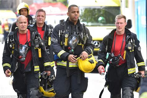 London fire: Firefighter reveals hell he faced at Grenfell ...