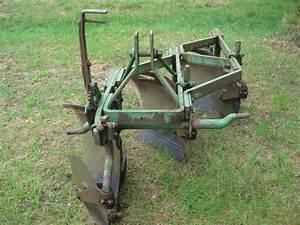 Help Identify John Deere 3pt Plow