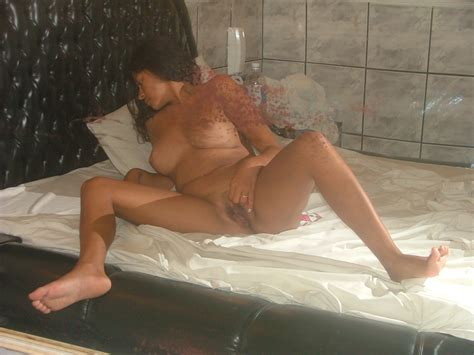 sexy amateur latina wife having some fun sexmenu