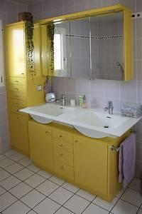 meuble salle de bain en mdf laque menuiserie cuisines With meuble de salle de bain jaune