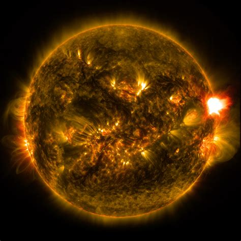 Sun Moon And Stars Wallpaper Nasa Releases Images Of 1st Notable Solar Flare Of 2015 Nasa