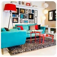 combinar sofa color turquesa grey accent wall and accessories with turquoise couch