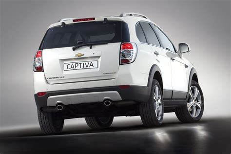 Chevrolet Captiva by 2011 Chevrolet Captiva The Better Suv