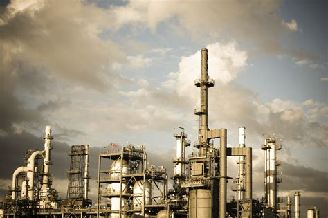 Louisiana oil refineries admit to accidental air pollution ...