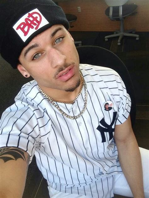 Light Skin With Blue by 38 Best Images About Boys On Follow