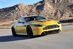 Aston Martin V12 Vantage S : 2017 aston martin v12 vantage s coupe pricing for sale edmunds ~ Medecine-chirurgie-esthetiques.com Avis de Voitures