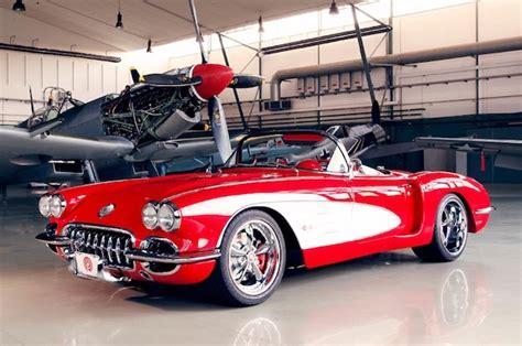 vintage corvette pogea corvette modernizes an american classic clublexus