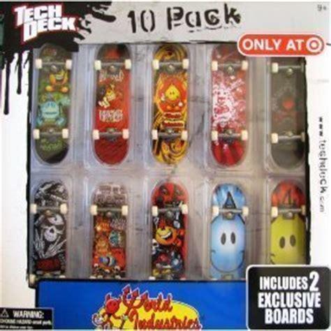 Tech Deck Darkstar 10 Pack by Tech Deck Exclusive 10 Pack World Industries