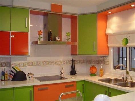 cocina verde  naranja casa web