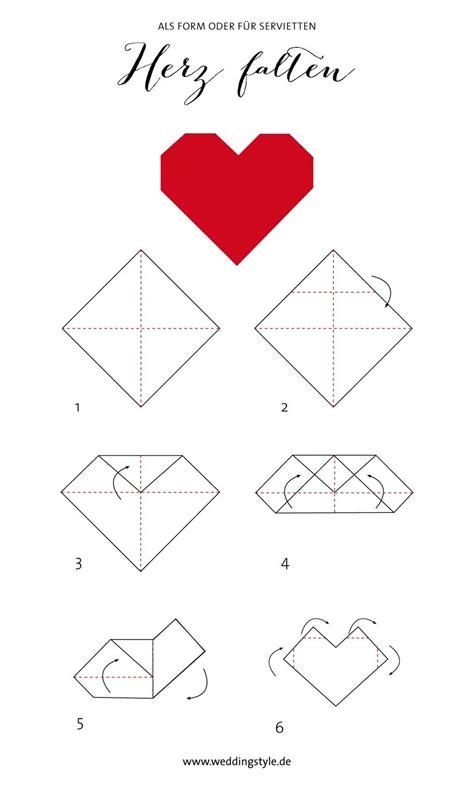 Servietten Falten Herz by Origami Herz Falten Als Lesezeichen Oder Serviette