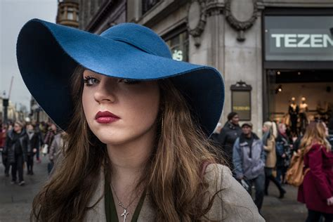 Using the Leica Q for street photography by Stephen Swain