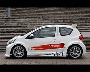 Toyota Aygo 2008 : toyota aygo crazy concept 2008 ~ Medecine-chirurgie-esthetiques.com Avis de Voitures