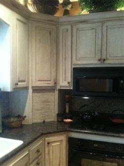 painting kitchen cabinets with sloan 130 best images about sloan chalk painted kitchens 9061