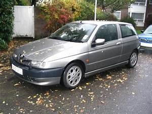 Alfa Romeo 145 : 1995 alfa romeo 145 pictures cargurus ~ Gottalentnigeria.com Avis de Voitures