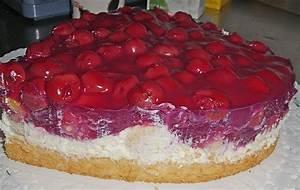 Kuchen mit sauerkirschen und sahne Appetitlich Foto Blog