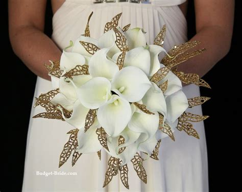 White And Gold Wedding Flowers