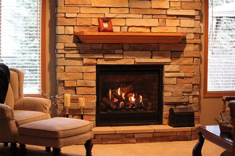 Living Room : 16 Beautiful Fireplace Mantel Design Ideas