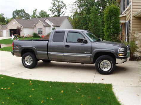 Chevrolet Silverado 2000 by 2000 Chevrolet Silverado 2500 Information And Photos