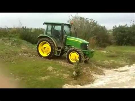 John Deere 5625 4x4 Off Road Youtube