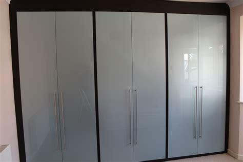 Diy Built In Bedroom Cupboards by Bedroom Cupboards Prices Pictures Builders