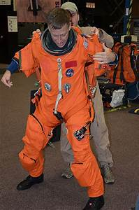 Space Shuttle Aces Suit - Pics about space