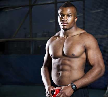 eat  meals  day  discus thrower lawrence okoye