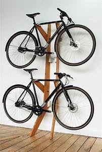 Fahrrad Wandhalterung Design : die besten 25 fahrrad wandhalterung ideen auf pinterest fahrradhalter fahrr der und fahrrad ~ Frokenaadalensverden.com Haus und Dekorationen
