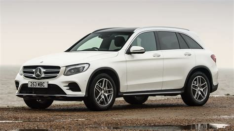 Mercedes Glc Class Wallpapers by 2015 Mercedes Glc Class Amg Line Uk Wallpapers